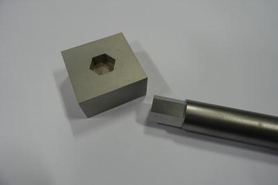 Hexagonal form into Aluminium plate